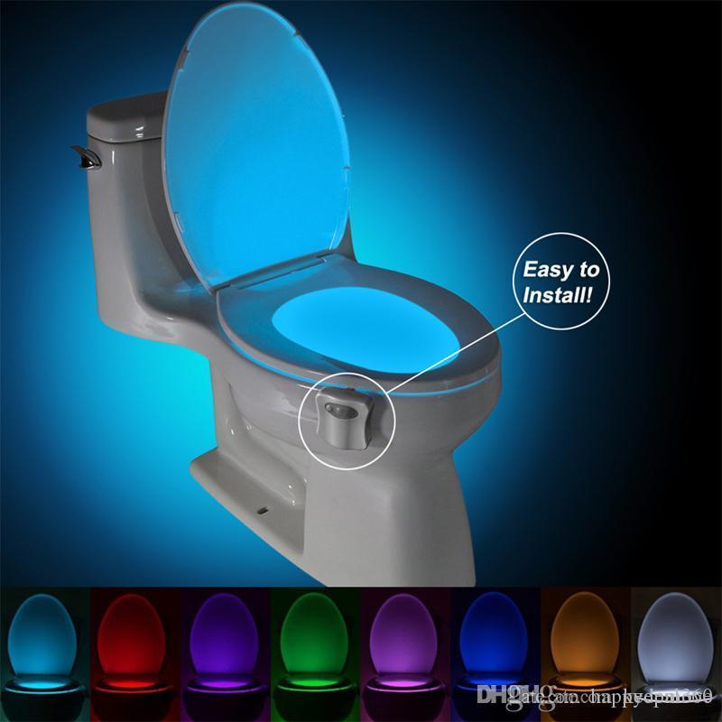 Rétroéclairage imperméable pour bol de toilette Smart Pir Sacteur de mouvement Toilette Siège Night Light 8 couleurs LED Luminaria Lampe Éclairage de toilette