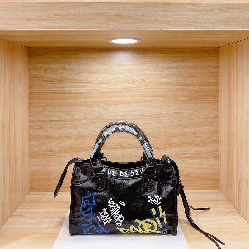 Saco de Designers com Espelho Mulheres Tote 2021 Edição Limitada França Luxurys Street Trend Senhora Handbags Black Art Graffiti Moda Europa Crossbody Bags upgrade