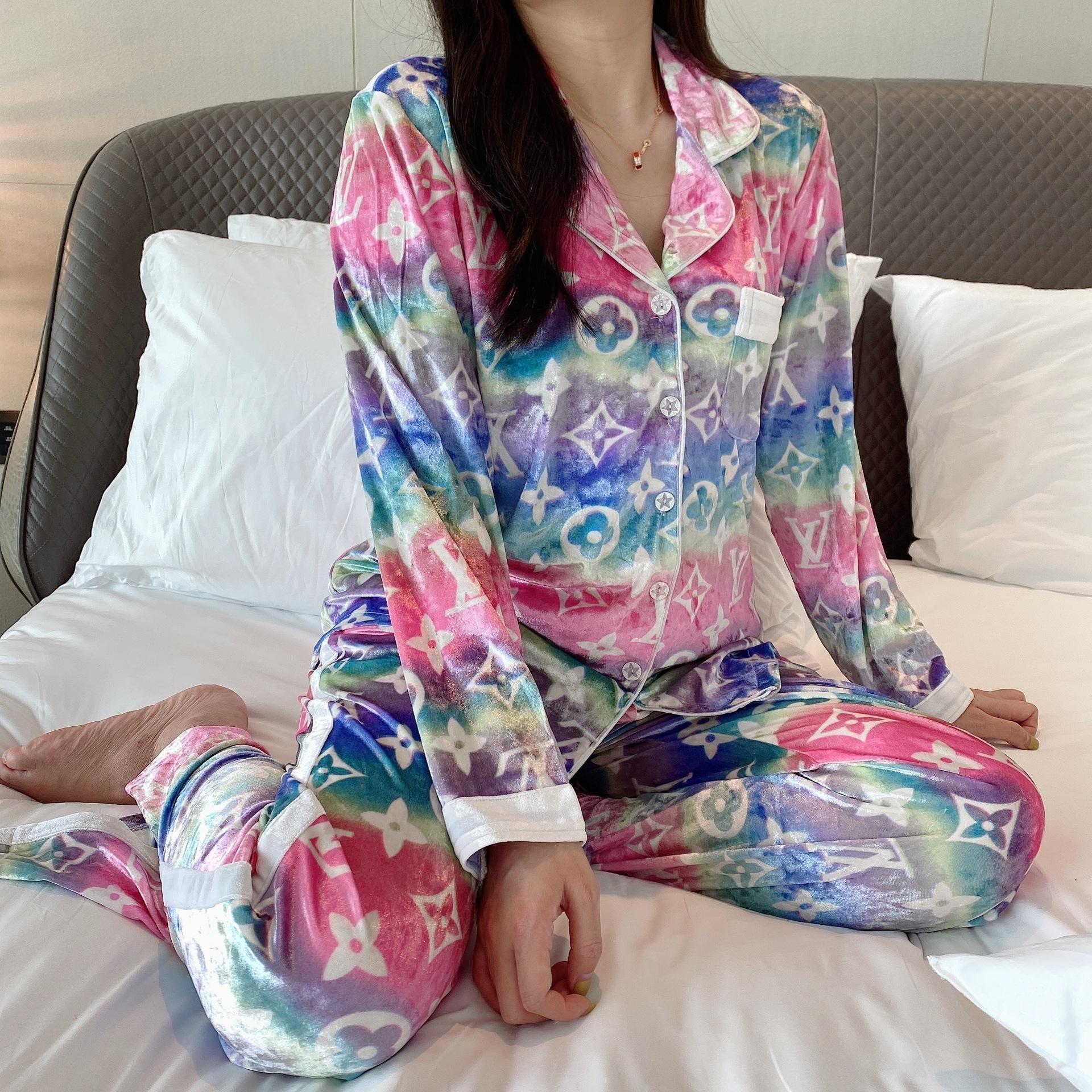 zIiX Paar Pyjama Pyjama-Hülsen-Satin Pijamas Lange Silk Flower Printed Nachtwäsche sein-und-ihr Heim Anzug Set für Liebhaber Mann Frau Lovers Cloth