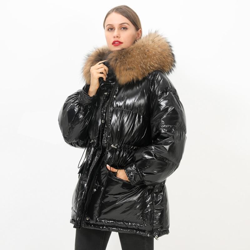 Grande verdadeira pele de guaxinim nova solta mulheres inverno 90% branco pato para baixo jaqueta quente com capuz água impermeável para baixo casaco para baixo parka y201026