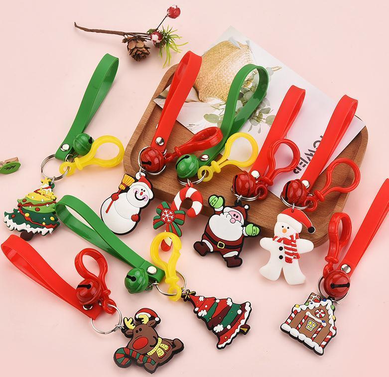 8 Arten Karikatur Cute Christmas Schlüsselanhänger PVC weicher Kleber Weihnachtsgeschenk-Anhänger Auto-Tasche Ornament Accessoires Schlüsselanhänger OWE2177