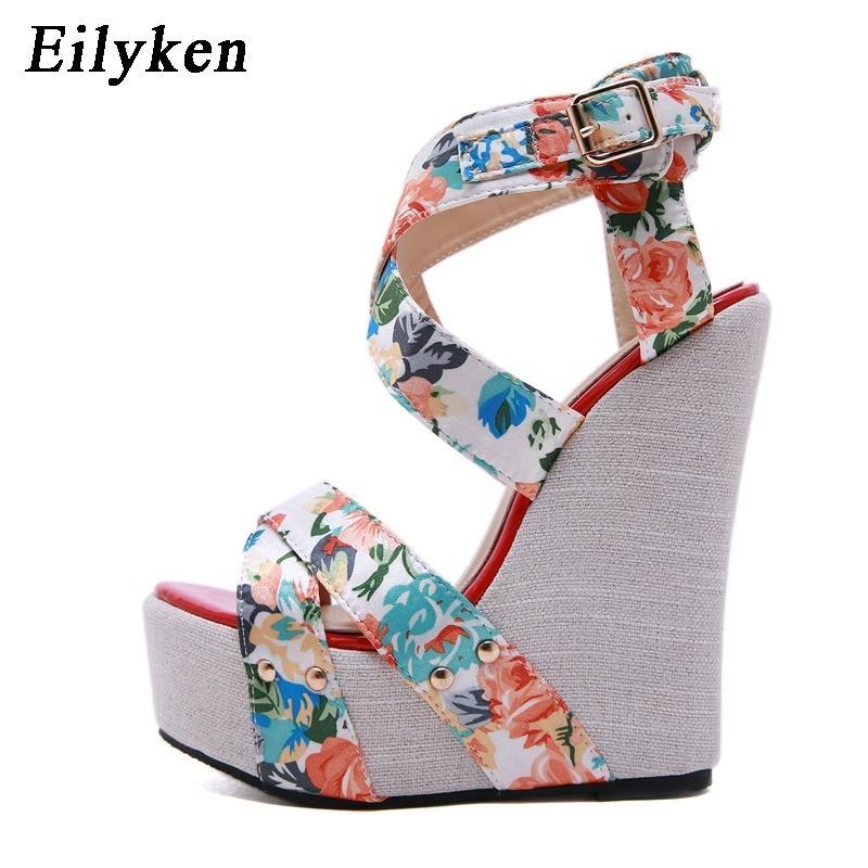 Eilyken Silk Imprimer Floral pour femmes Haute Talons Summer Chaussures Femmes Peee Peep Toe Sandales Plateforme Y200405