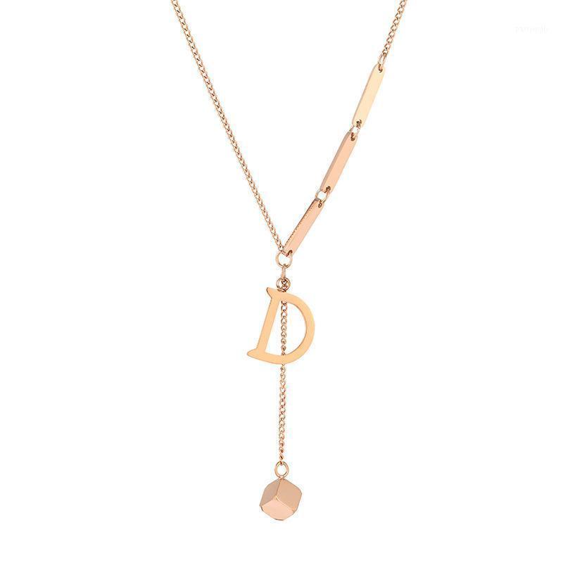 Jiroomy Ins 2020 Новое Прибытие Ювелирные Изделия для Женщин Простая буква D Ожерелья Титановый сталь Небольшой Квадратный Ожерелье1