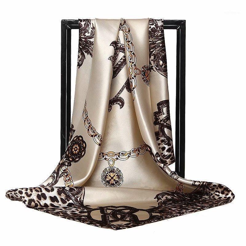 2020 وشاح الحرير النساء الحجاب أزياء مصمم لينة منديل 90 * 90 سنتيمتر شالات مربع واللاف الساتان headscarf DL091