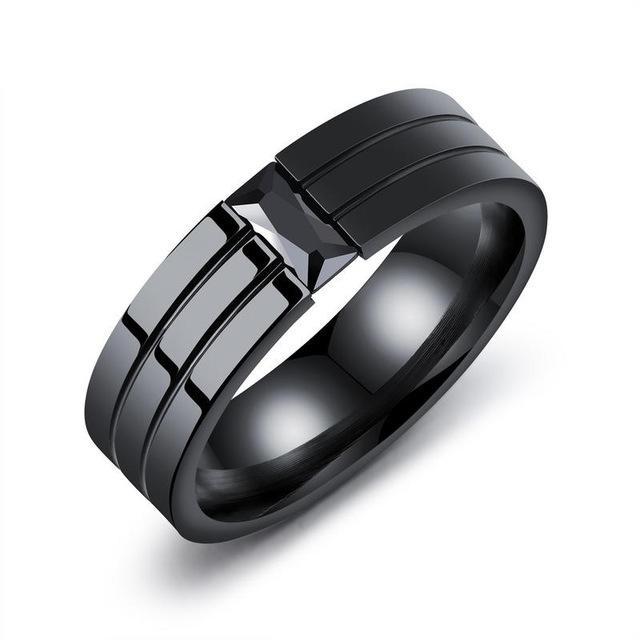 La moda masculina de clásicos anillos de acero inoxidable anillos Negro de titanio con el anillo de hombre negro de alta calidad de circón