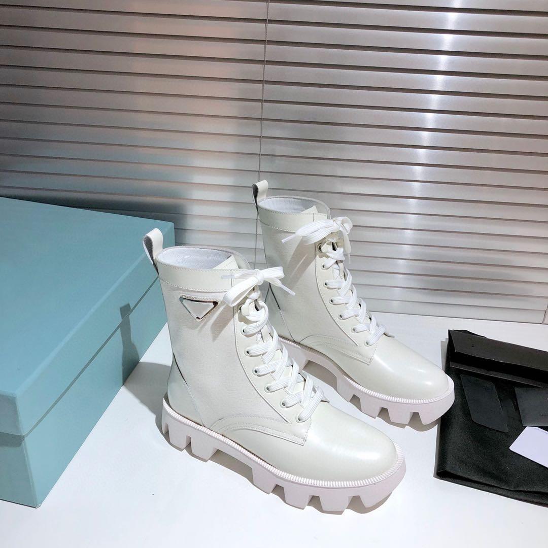 Prada boots Yeni Ürünler Moda Tasarımı Kadın ayakkabı Moda İngiliz Boots Yuvarlak Burun Martin Çizme Rugan Kalın Alt Yuvarlak Ayak parmakları Boyut 35-40