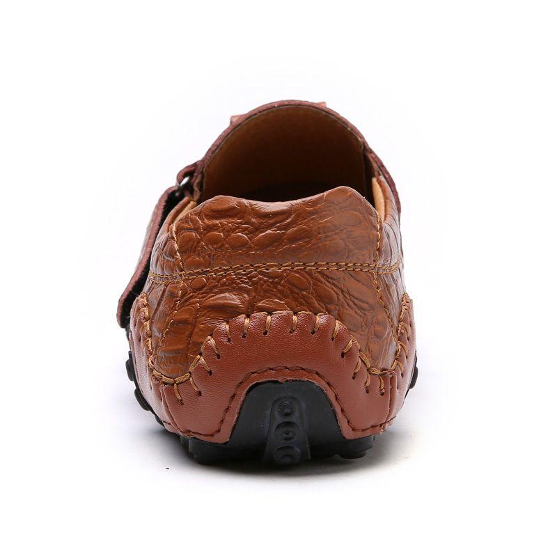 El yapımı Gerçek Deri Erkek Ayakkabı Casual Marka İtalyan Erkekler Loafers Moda Nefes Sürüş Ayakkabı Makosenler BTMOTTZ 201012 Kayma