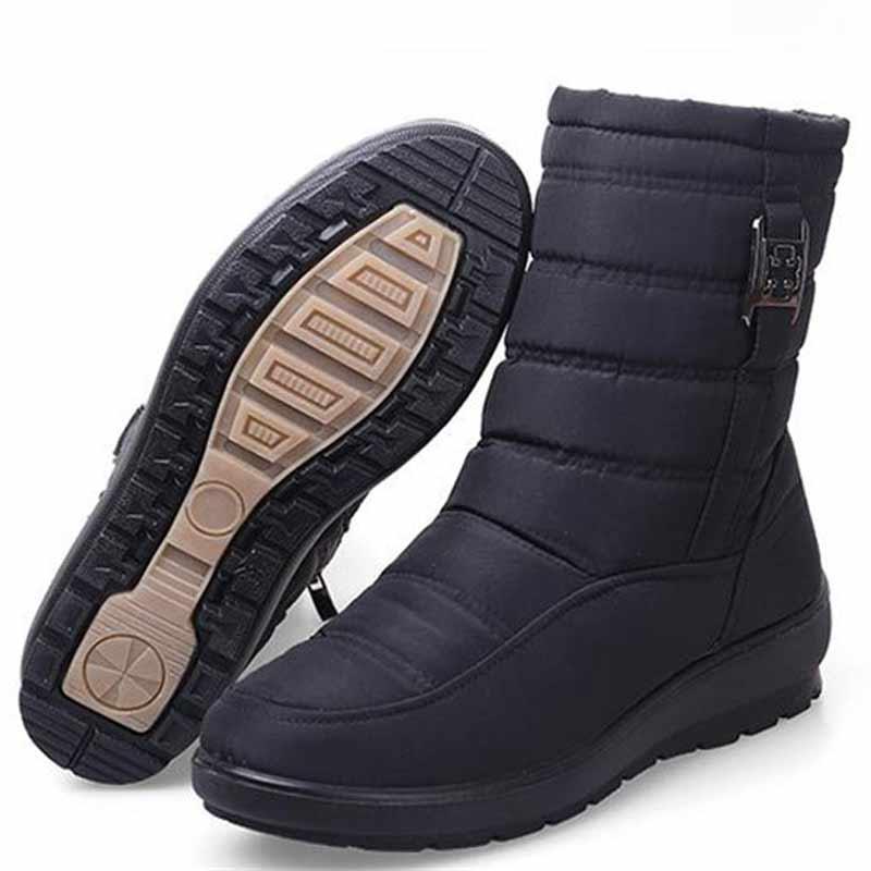 zapatos casuales nieve plataforma de mujer botas de mujer 2020 nueva caliente impermeable de piel botas antideslizantes postal tobillo zapatos de mujer botas Dropshippi