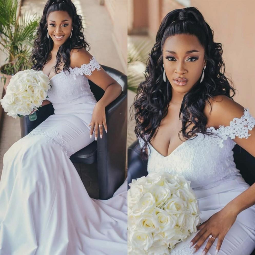 2021 Saf Beyaz Dantel Gelinlik Aplike Mermaid Büyüleyici Omuz Kısa Tren Ucuz Artı Boyutu Gelinlikler Afrika Evliliği