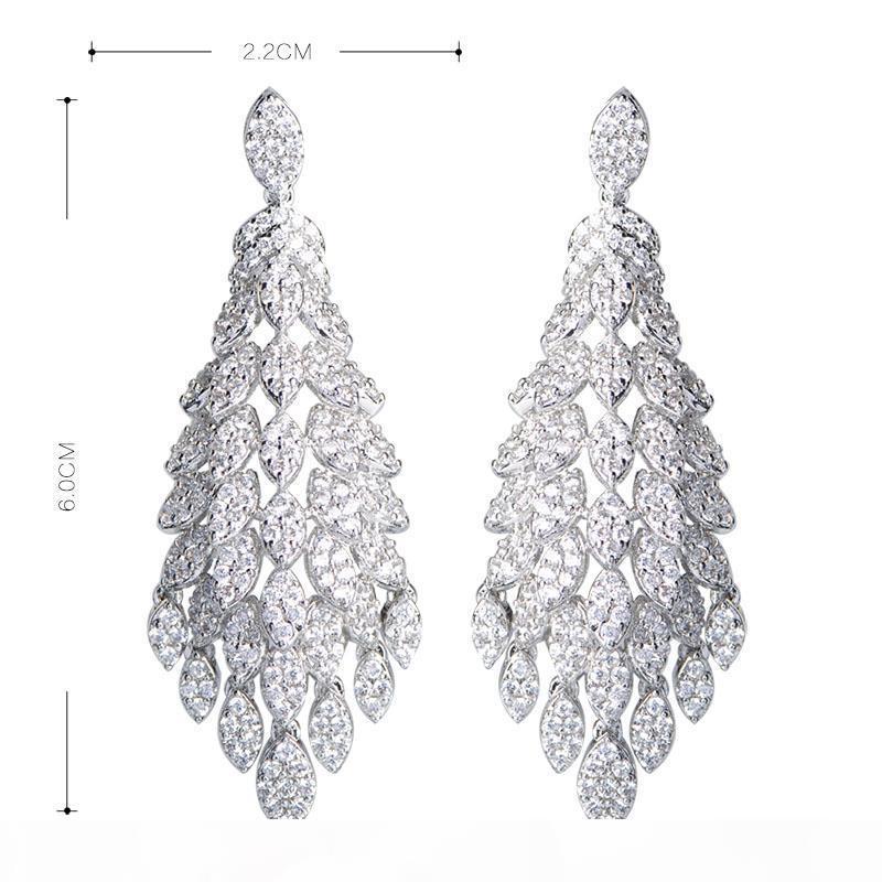 Vente en gros mode femmes mariages bijoux fleur goutte boucles d'oreilles or couleur oreille perçage cubique zircone danger pendientes