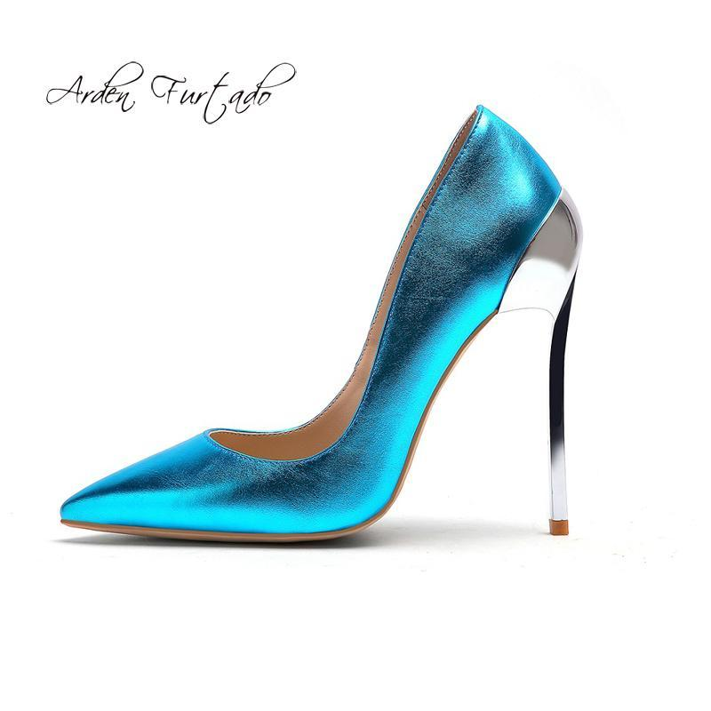 Dress Shoes Arden Furtado Primavera Fashion 2021 Punta a punta da donna Tacchi a spillo Sexy Elegante Pompe Slip-on Pompe Rosso Gold Heel Party