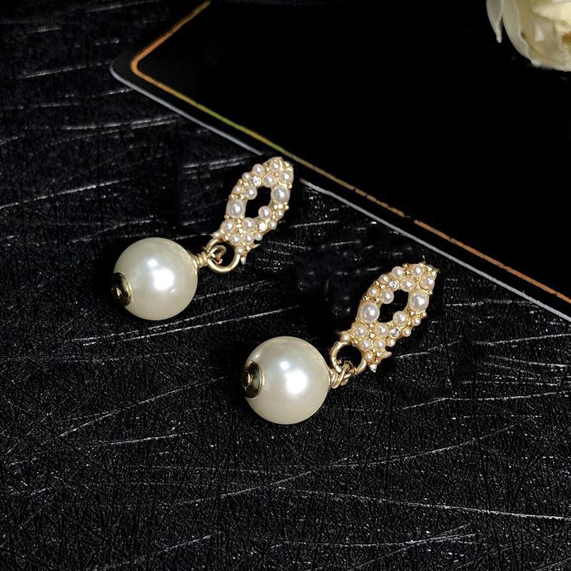 Women's Stud Designer Earrings Classic Letter Logo C 925 silver Pearl Pendant Earring advanced gift L2-006