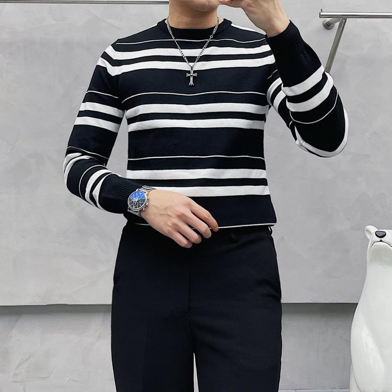 Suéter a rayas de invierno Moda delgada de los hombres Retro Casual Punto de punto Hombres Streetwear Sweater British Sweater Mens Ropa M-3XL1