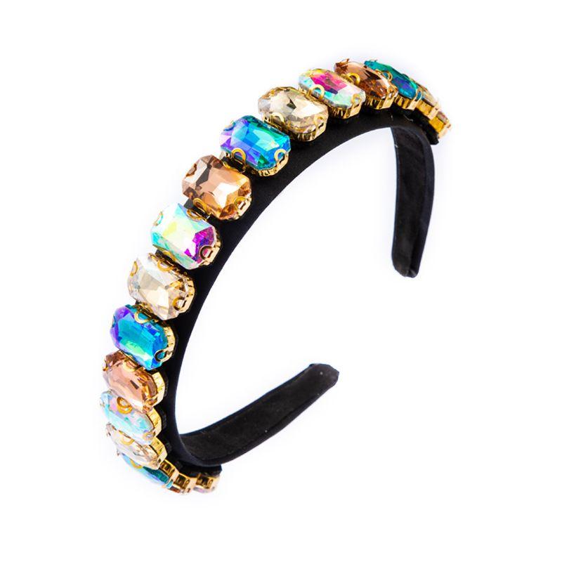 2020 Nuevo barroco Super Flash Head Deedera Femenina Color High-End Luxury Diamond Simple Headband Fiesta Tocado de Boda