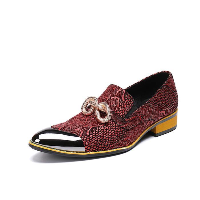Персонализированные лоскутное кожаные мужские ботинки случайных мужчин остроконечные обувь носок печататься металла увеличилась мода свадебное платье