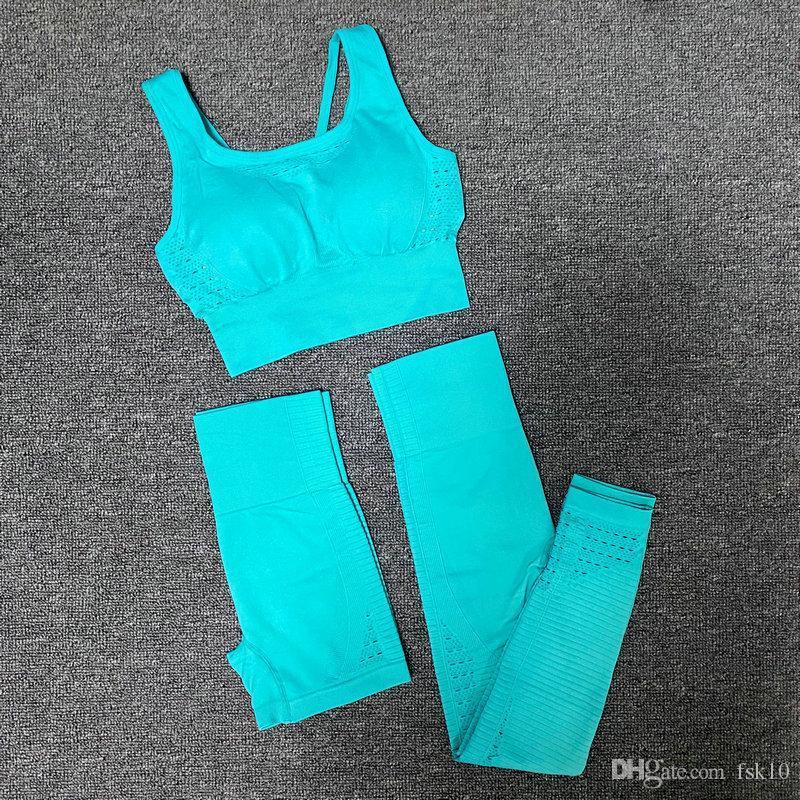 Biker Şort + Yüksek Bel Legging Yoga Pantolon Koşu 3PCS Spor uygun Sorunsuz Yoga Seti Kadınlar Gym Egzersiz Giyim Spor Bra + Yoga