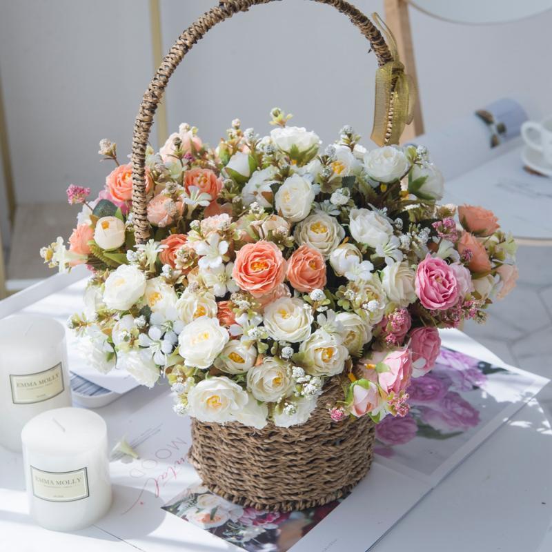 Flores artificiales Rojas de rosas de rosa de rosa para la decoración del hogar Festival de boda Fiesta de la boda Partido Flores decorativas Guirnaldas Florísticas falsas