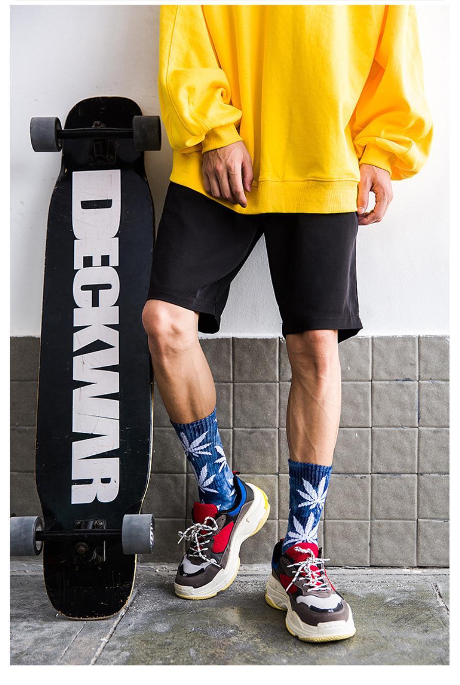 2020 maple leaves new mens designer socks personality Simplicity Men's Socks white Sock Man Sock Slippers Socken made in china N0307021