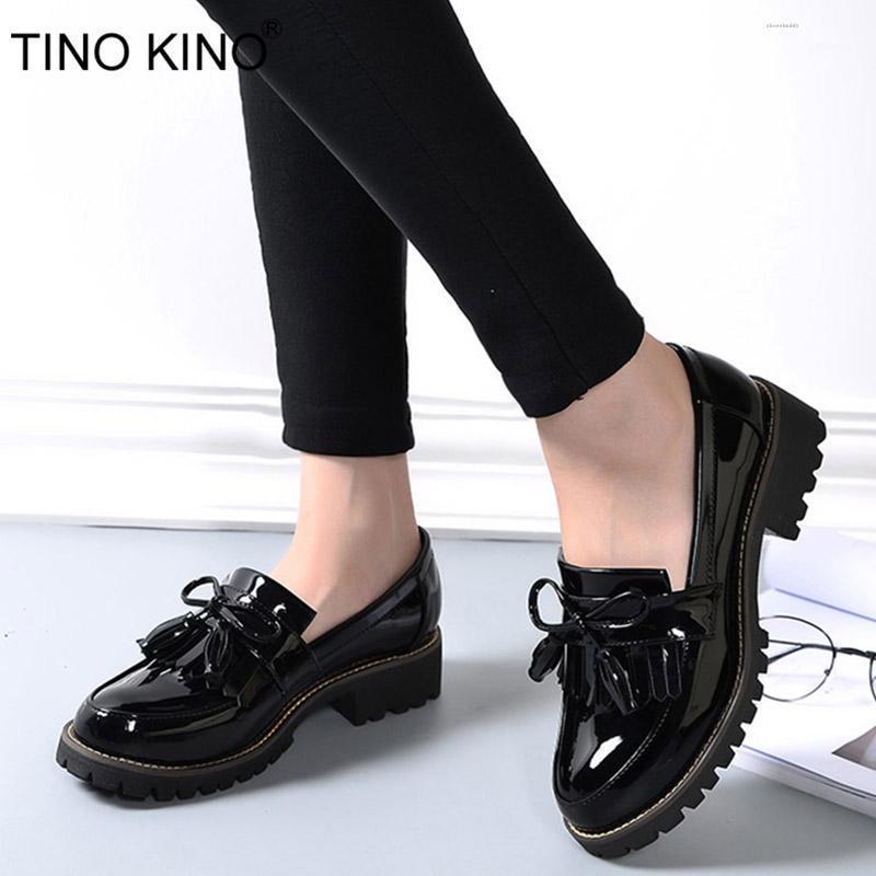 Tino Kino Mulheres Borlas Bowtie Spring Derby Sapatos Feminino Plataforma de Forma Patente de Couro Baixo Salto Senhoras Slip On Calçado1