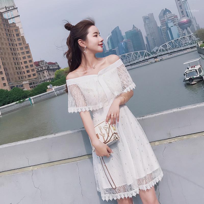 Summer Off Abito a spalla Delle Donne Vintage Style Sweet Sweet Ladies Bianco Abito in pizzo Elegante Mini Kawaii Slash Neck Sexy Robe Femme S-XL1