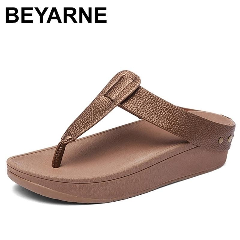Beyarnewomen's Flip Flops Fashion T-Forme T-Forme Pantoufles Dames Casual Beach Sandales Sandles en plein air Summer Holiday Slippers Y200423