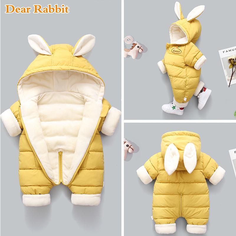 2020 nuevos de invierno de la moda nacido espesar los niños traje para la nieve de algodón acolchado ropa de niña bebé, además de terciopelo linda del mono mono de 1005