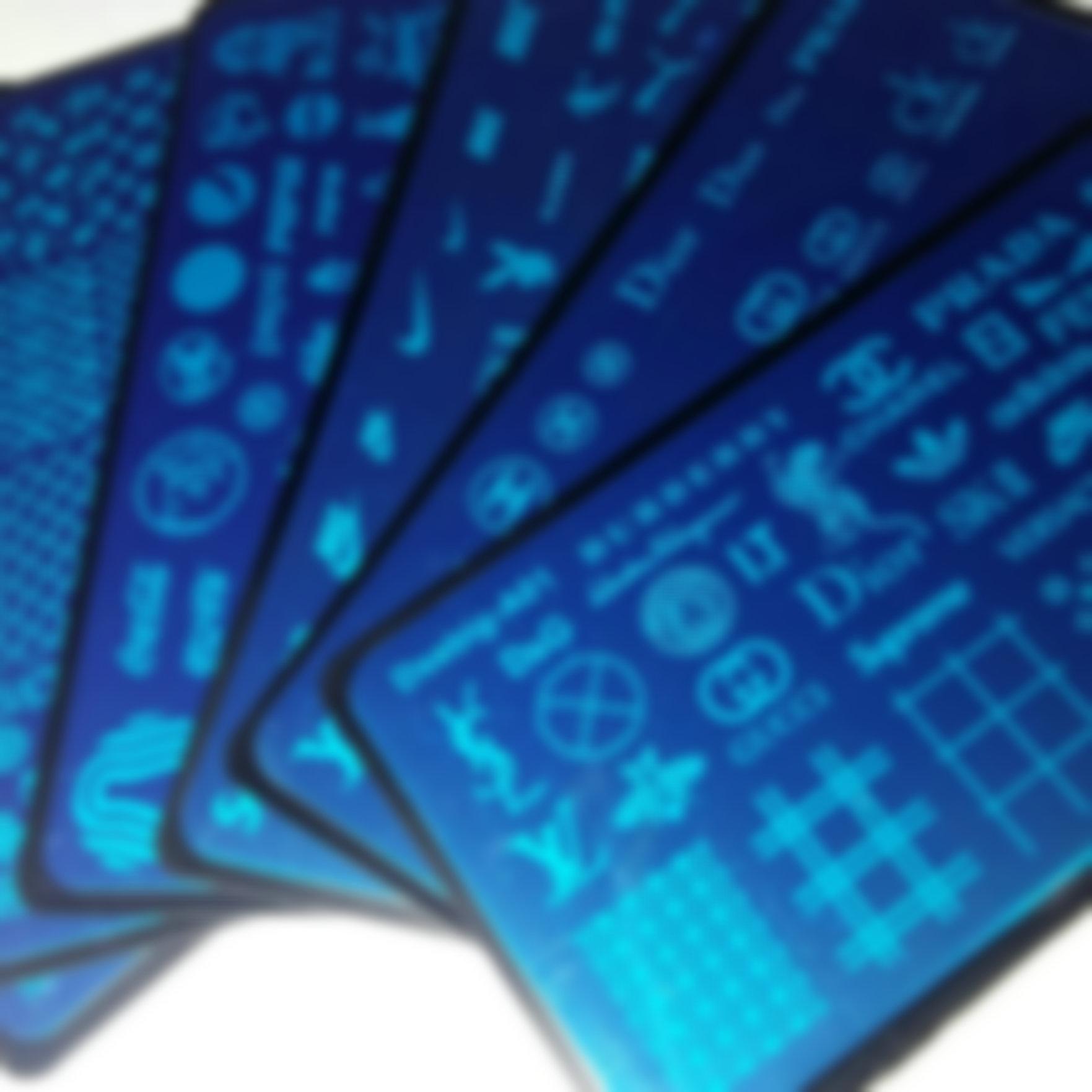 Neue 6 stücke Marke Logo Design Nail Art Stamping Platte (mit Plastikblatt) Stempel Big XL Designs Image Platten Transfer Polish Druckvorlage