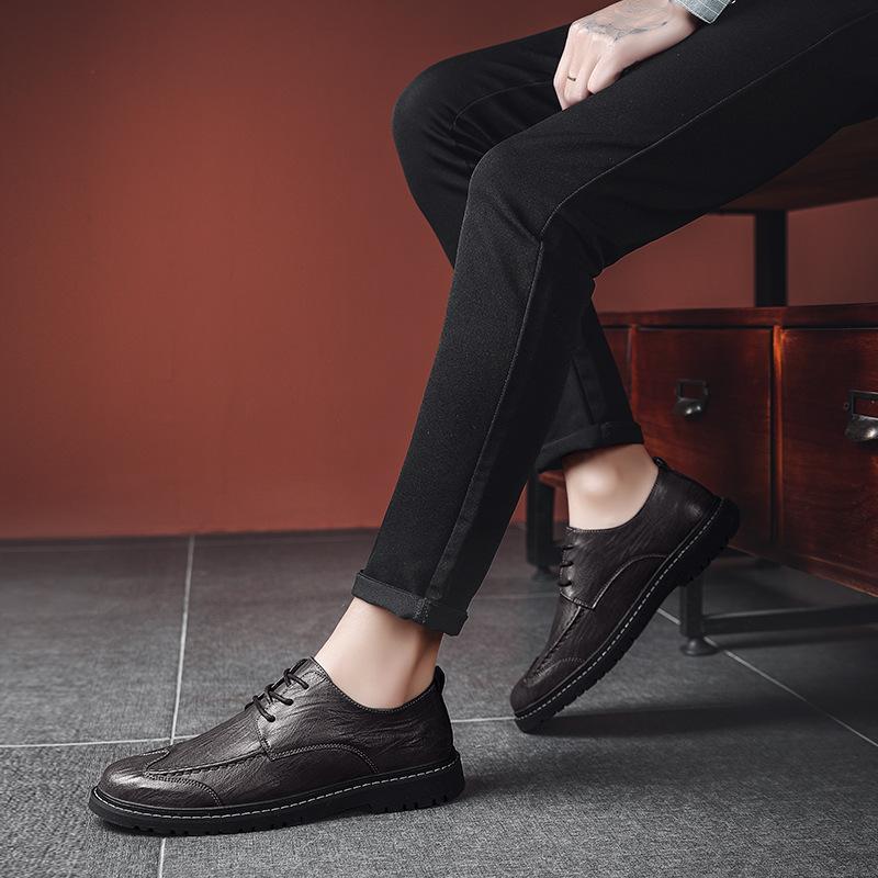 2020 Nouvelle bordure 2019 Automne et hiver Nouvelle mode Casual Hommes Cuir Chaussures Cuir Confortable Chaussures de cuir occasionnels occasionnels Foreign