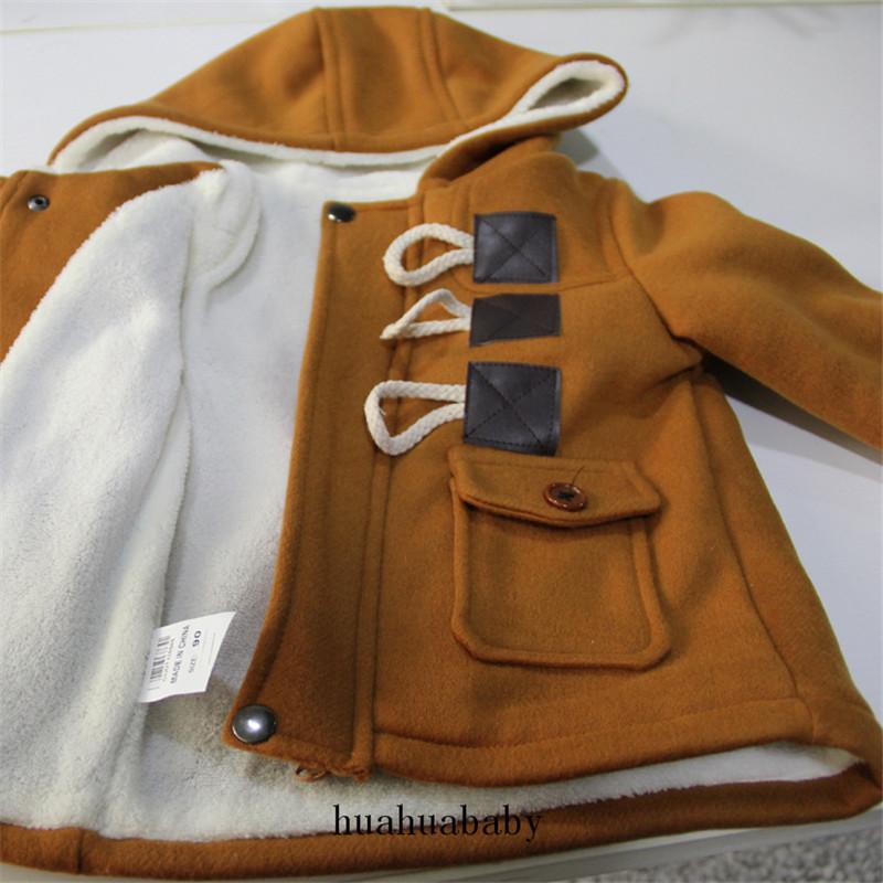 عالية الجودة اضافية سميكة معطف للأطفال القرن زر البني والرمادي صامد للريح سترات الصوف البربرية كيد مقنع سترة