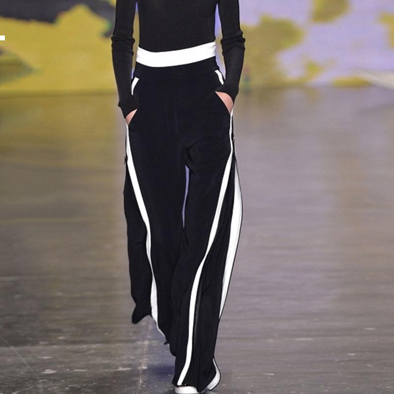 Primavera / outono 2021 Novos lados listrados esportes calças mulheres de cintura de cintura feminina em uma linha reta calças pretas. Sweatpants 35ft Zksh.
