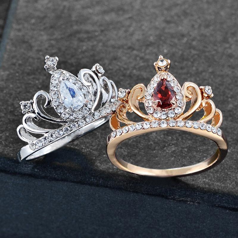 Hohe Qualität Ring Top Ringe Kreative Schmuck Legierung Galzierter Diamant Schmuck Zirkon Damen Ring Krone Form Diamantring