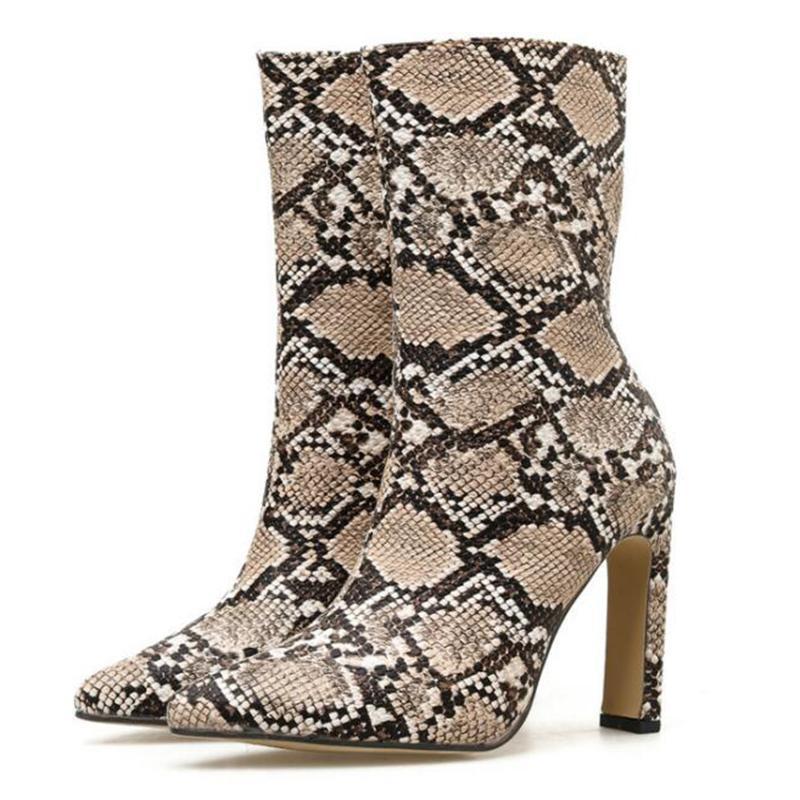 Botas Imprimir Snake PU Mujeres Tobillo Pelo Punto de punta Punto de punta de punta alta Tacones altos Hembra zapatos de fiesta 2021 invierno sy865