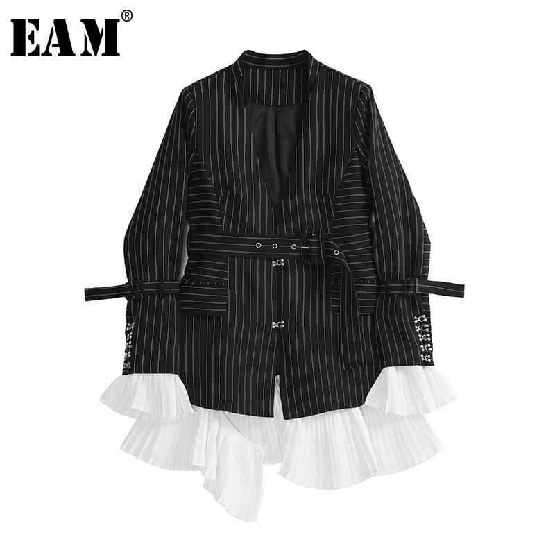 [EAM] Frauen schwarze gestreifte gefaltete Blazer Neue V-Kragen Langarm Loose Fit Jacke Fashion Tide Frühling Herbst 201006