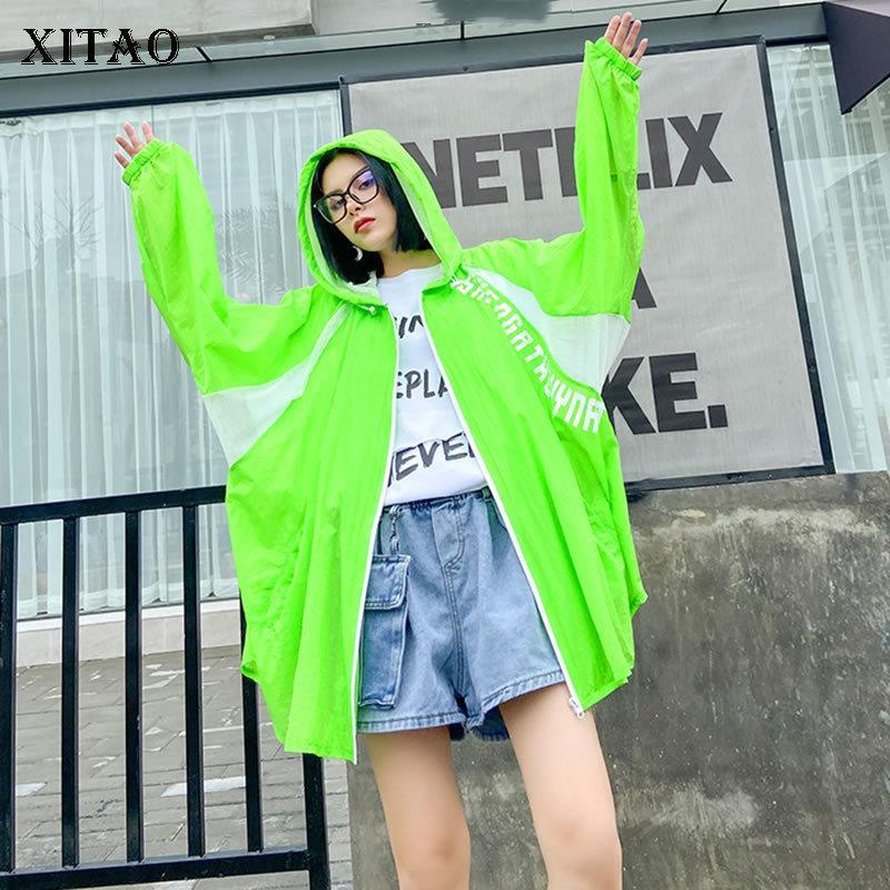 Xitao Carta Plus Size Jacket Moda de Nova Patchwork Verão bolso Minority Casual Brasão estilo solto plissadas Top DMY4868 201013