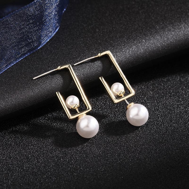 جديد نمط العلامة التجارية الأوروبية الفاخرة هندسية اللؤلؤ S925 الفضة إبرة أقراط مجوهرات مزاجه النساء جودة عالية 18K أقراط مطلية بالذهب