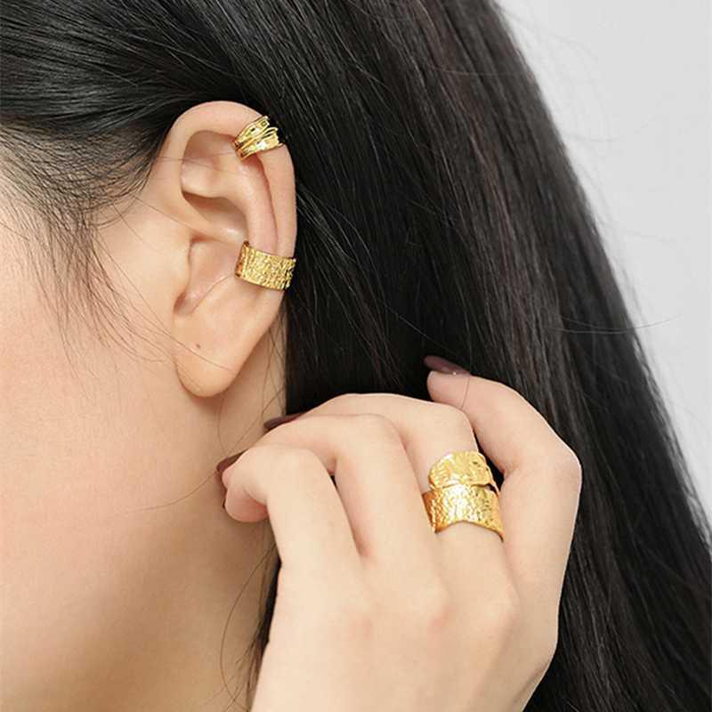 Minimalist unregelmäßige Gold-Silber-Farben-Verpackungs-Cartilago Ohrclips für Frauen EGirl kein Piercing Fashion Jewelry SD2239