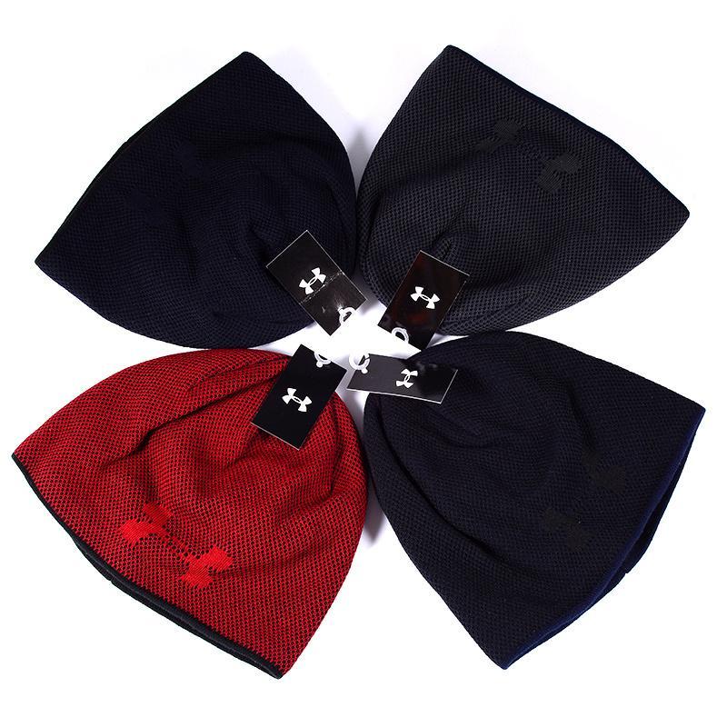 2020 New Designer Strickmütze Qualitäts-reine Farbe Nettogarn Männer Frauen Thermal Marke Strickmütze Außen Trend Hat 2092801B