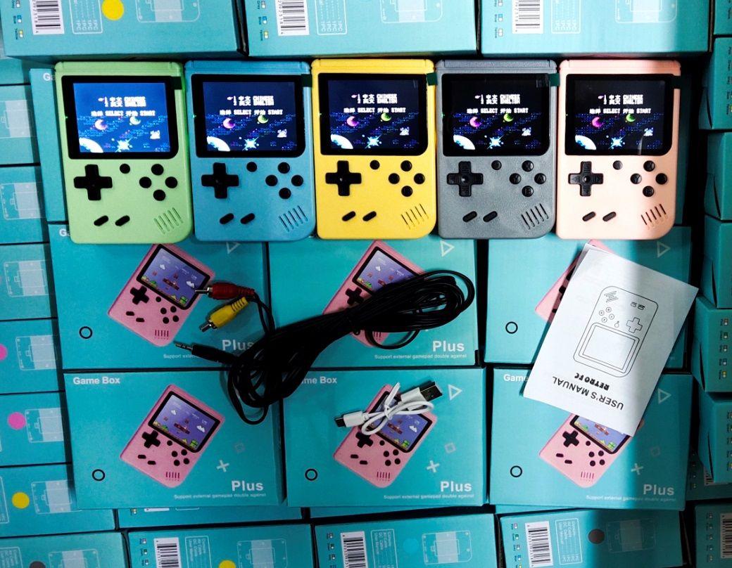 800 في 1 المحمولة المحمولة لعبة فيديو وحدة التحكم ريترو 8 بت صغير لعبة اللاعبين ألعاب 3 بوصة av مع اللون lcd في المخزون