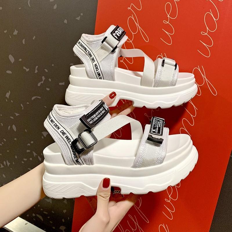 Designers de luxo Moda Mulheres Plataforma Sandálias Black Chunky Sandal Sports 7cm Sapatos de Cunha para Mulher Verão Sapatos Casuais 2020 1010