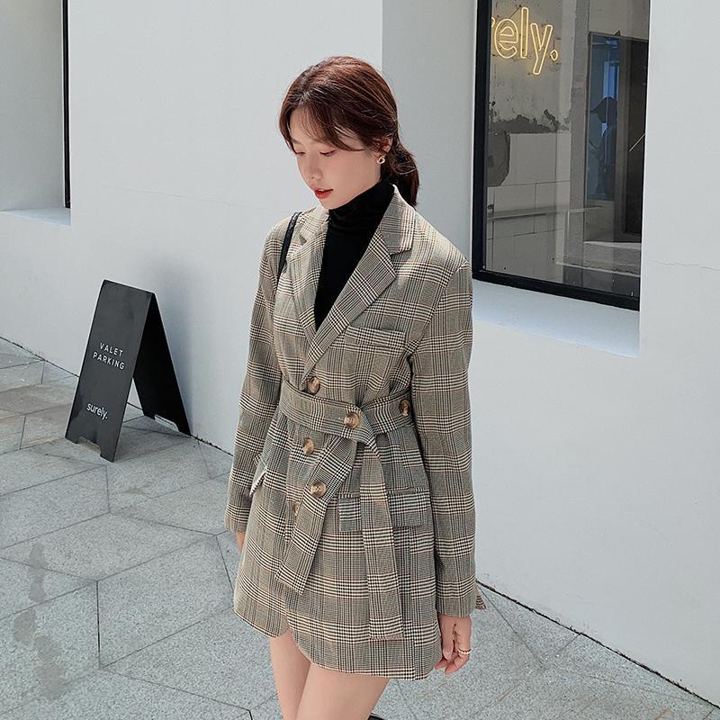 Nueva primavera Single-Breasted Mujer Plaid Blazer Chaqueta con muescas Cuello con cuello suelto Cinturón Femenino Traje Jacket 2021 Outwear Damies Outwear