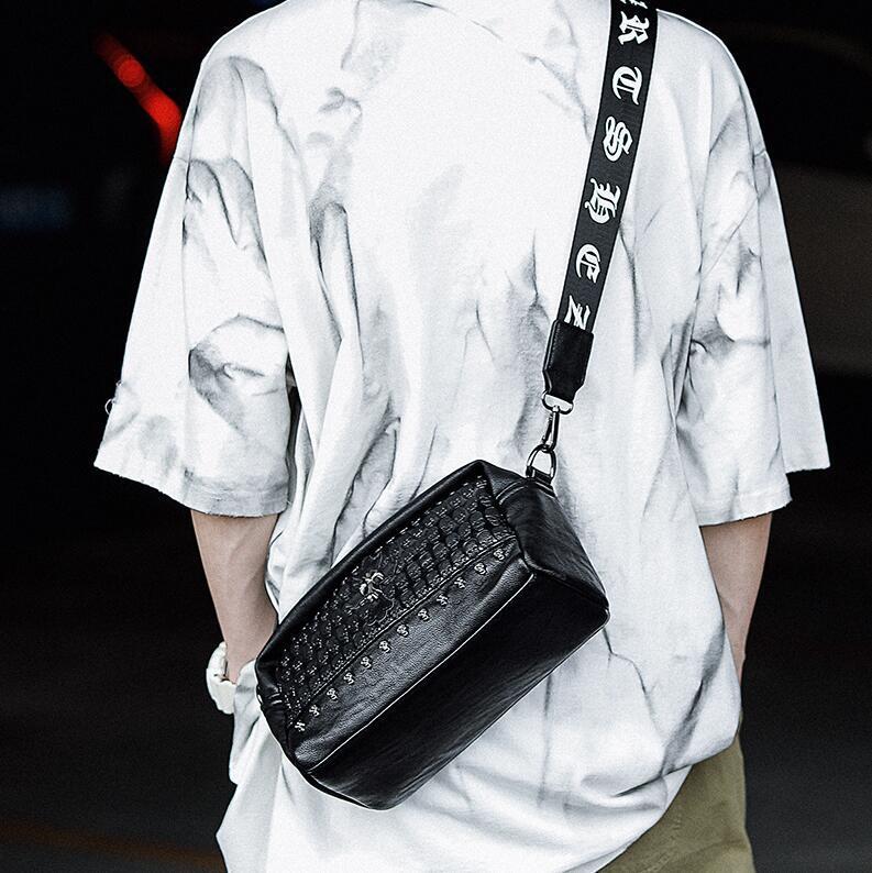 Factory wholesale men handbag new embossed leather messenger bag street trend rivet shoulder bag personalized rivet fashion men shoulder bag