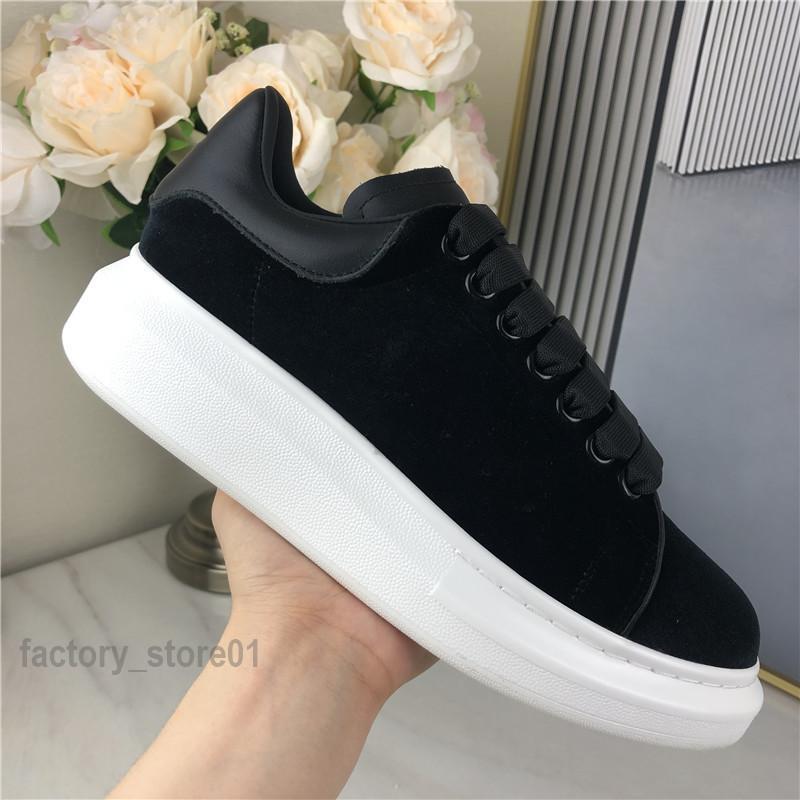 Uomo Donna Piattaforma Casual Shoe Shoe Fashion Donne Scarpe da uomo in pelle da uomo Lace Up Chaussures Sole Sleakers Oversize Bianco nero