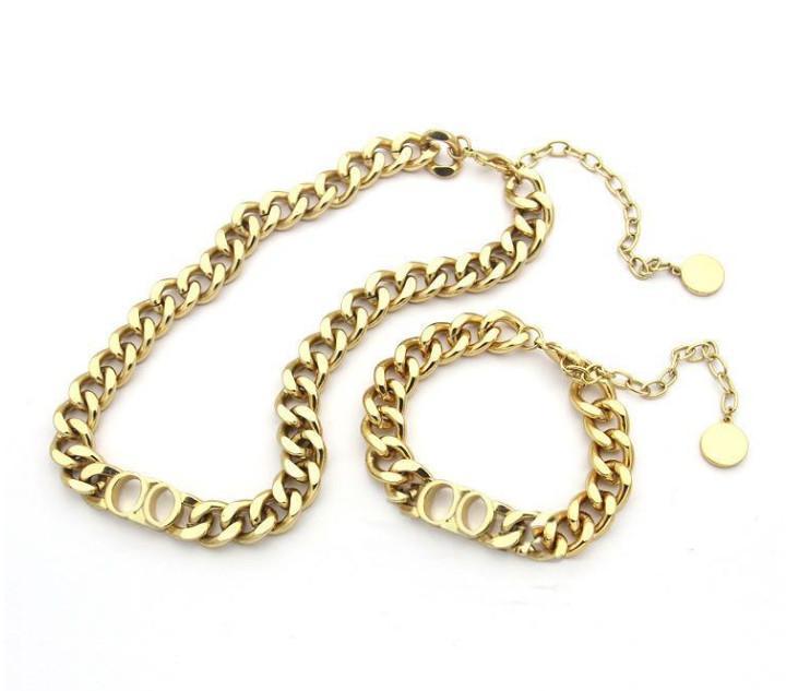 Designer de luxe Bijoux Femmes Colliers Gold Epais Chaîne Collier avec bracelet en acier inoxydable de la Lettre D et collier Sets Fashions