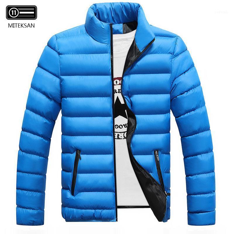 Воротник моды стойки облегченные мужские куртки теплые хлопчатобумажные на молнии повседневная новая вертикальная одежда ветрозащитный водонепроницаемый твердое цветное пальто M-5XL1