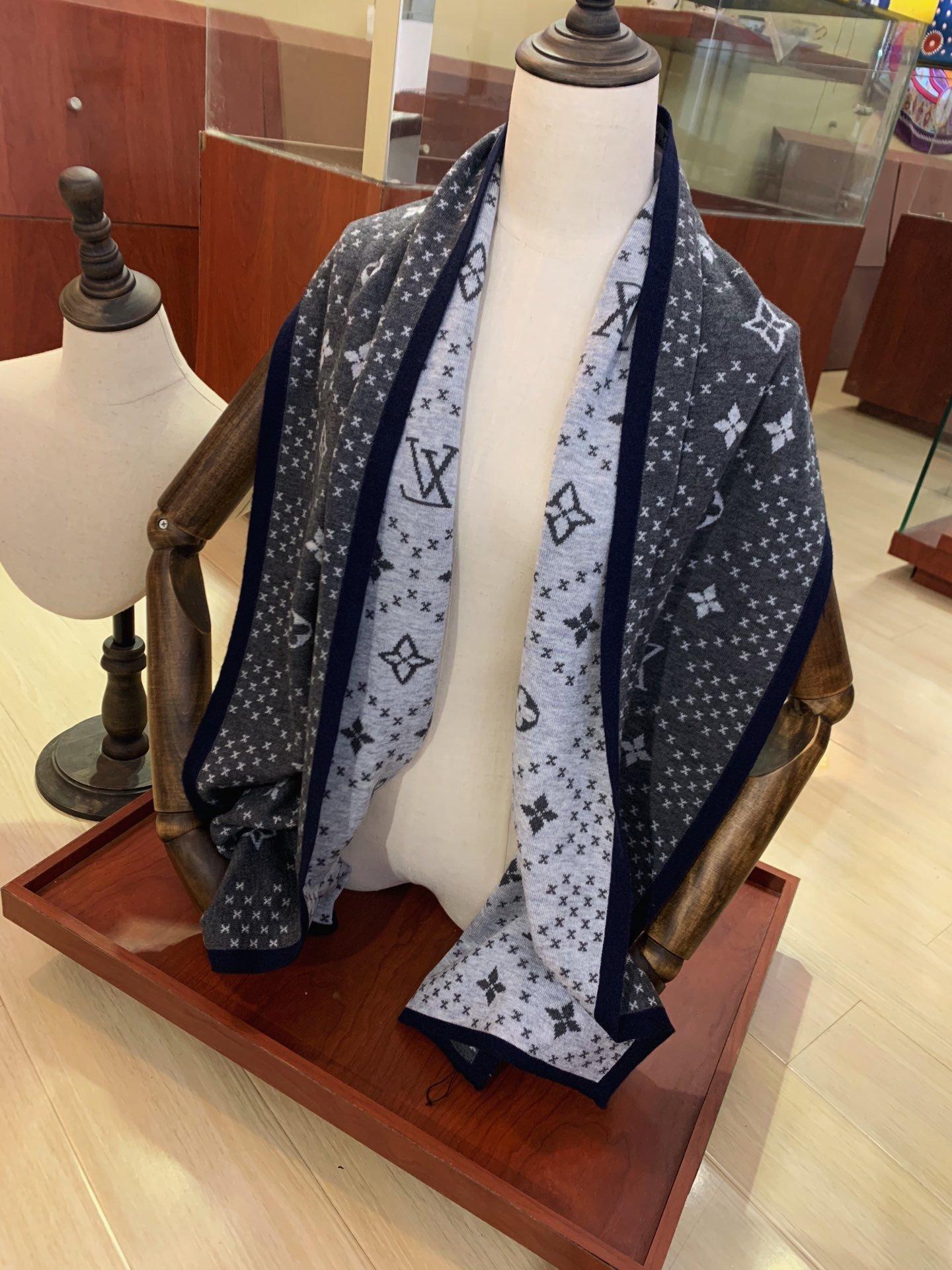 последняя мода осень зима шелк шерстяной шарф платок письмо классический дизайнер случайный удобный платок может быть wholesale22
