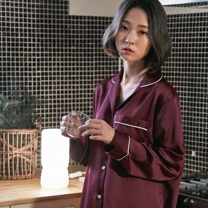 Роскошный 2 шт Шелк Пижама Вино красное Cozy Мягкие Длинные брюки рубашка Set пижамы с длинным рукавом пижамы зимы женщин Homewear костюм Новый Y2004 O1uH #