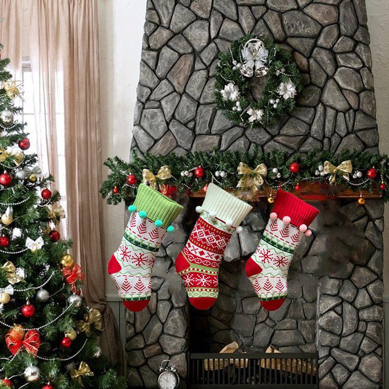 Бесплатная доставка 2020 Новый Новогодние украшения Мода Рождество носки подарочные пакеты Family Вязаная жаккарда рождественские украшения носки F4403