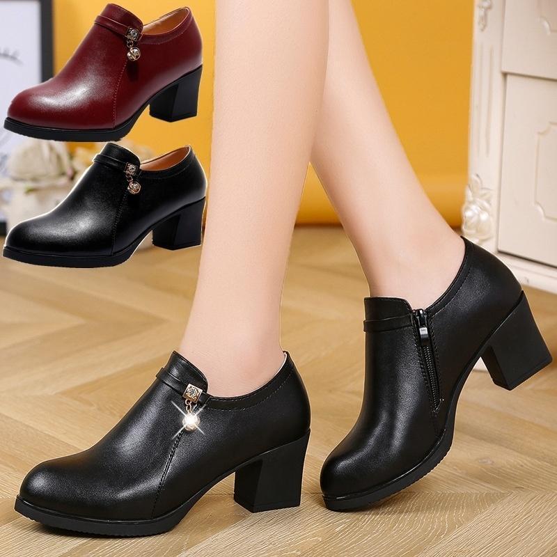 Женская мода Боковые молнии кожаные ботинки вскользь квадратный каблук Ботильоны Покрытием Толстый каблук Комфортные мать обувь