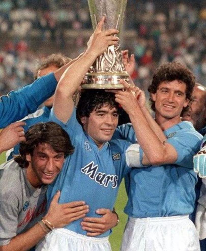 NCAA 1988/1989 Top 1991/1993 1987/1988 Neapel Maradona 10 Retro Camisetas Customized Uniform Napoli Fussball Jersey Thailand Fussball Hemd
