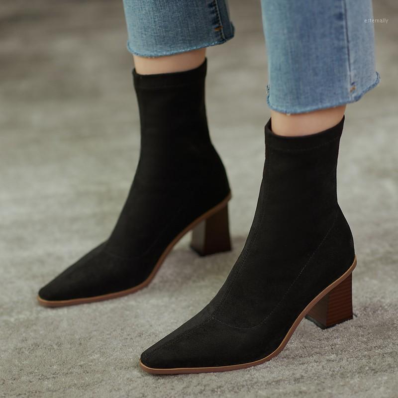 الأحذية الأزياء الكاحل المرأة جورب أحذية 2021 الخريف الشتاء من جلد الغزال تمتد مربع تو كتلة عالية الكعب الجوارب كبيرة الحجم 411